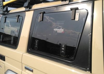 LAND-CRUISER-70-SERIES-CUSTOM-WINDOW2