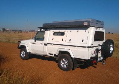 LAND-CRUISER-RSI-CANOPY